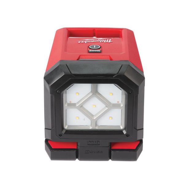 Milwaukee aku otočné plošné LED svietidlo M18 PAL-0